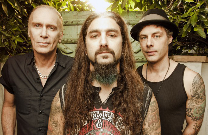 We just had an instant chemistry. An interview with Mike Portnoy of The Winery Dogs.