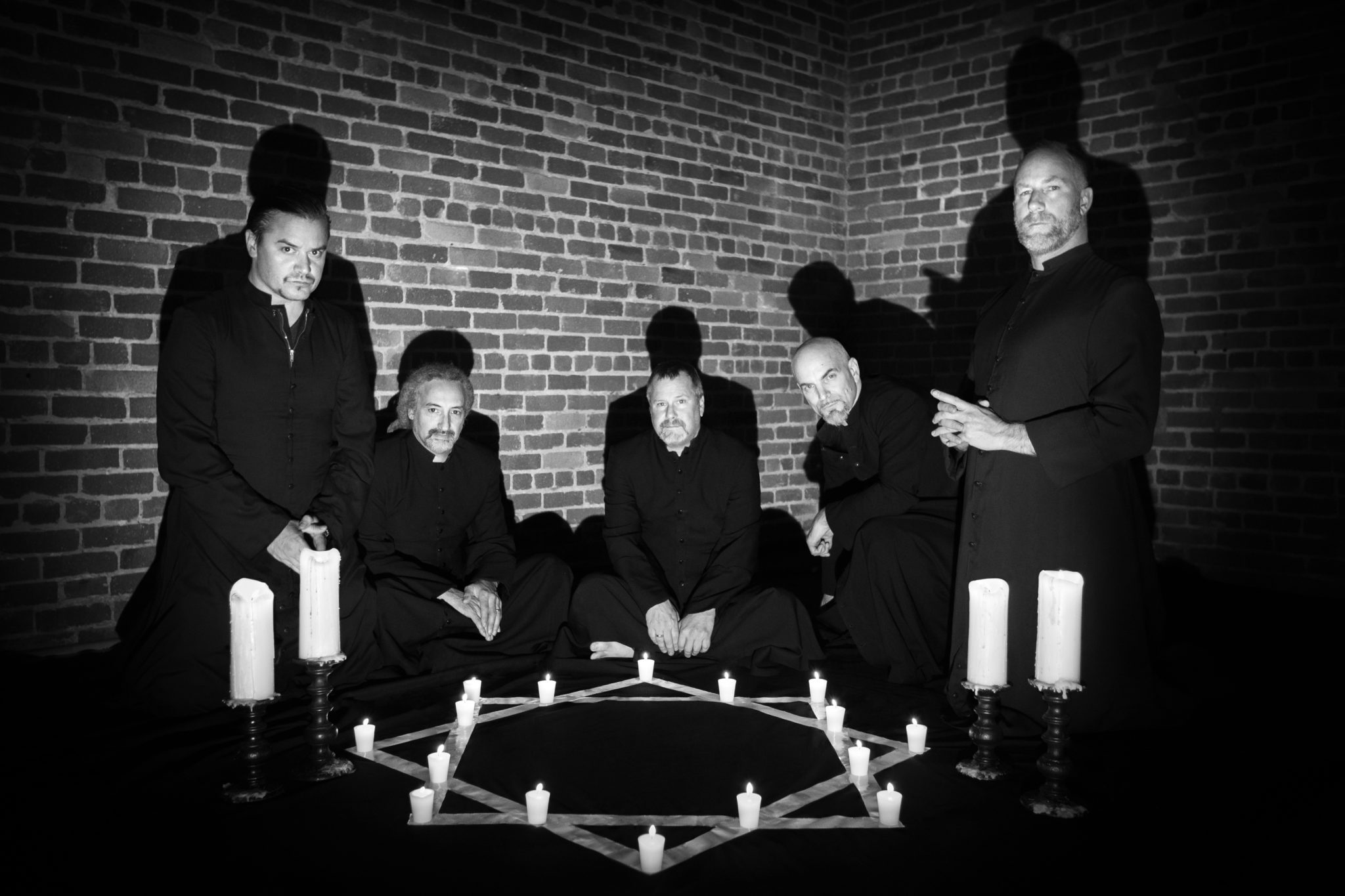 FAITH NO MORE RELEASE SOL INVICTUS ON MAY 19