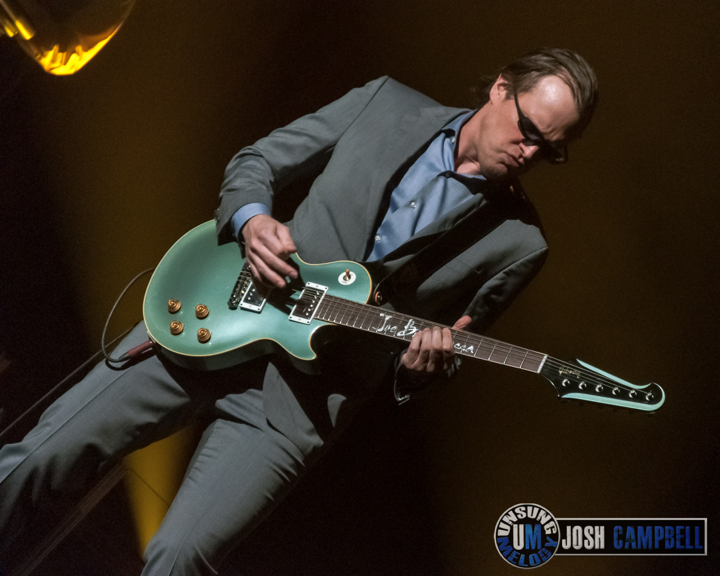 unsung melody photos joe bonamassa at pikes peak center in colorado springs co. Black Bedroom Furniture Sets. Home Design Ideas