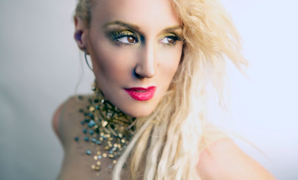 """Grammy Nominated Artist JES Releases Lush, Atmospheric Cover of Gary Wright's """"Dreamweaver"""""""