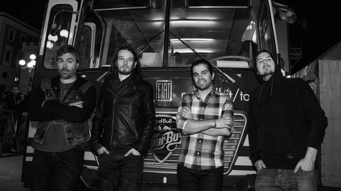 "Celeb Car Crash Releases ""Let Me In"" Music Video"