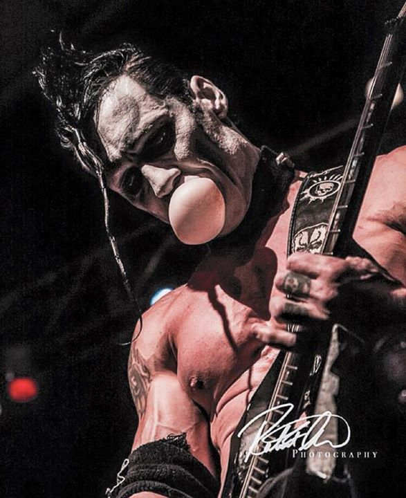 "Legendary MISFITS Guitarist Doyle Wolfgang Von Frankenstein Releases Official Music Video for ""Run For Your Life"""